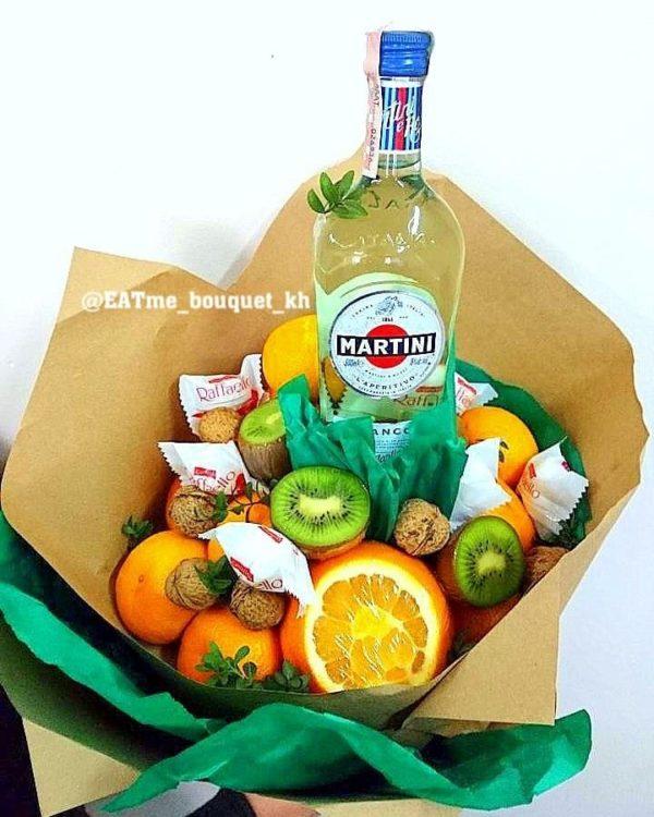 Фруктовый букет с цитрусами и Martini