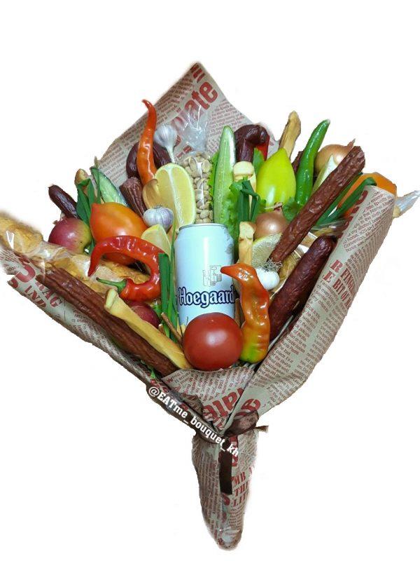 Пивной букет с колбасками и овощами