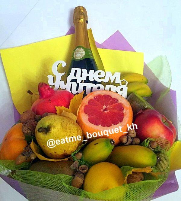 фруктовый букет с бутылкой в Харькове