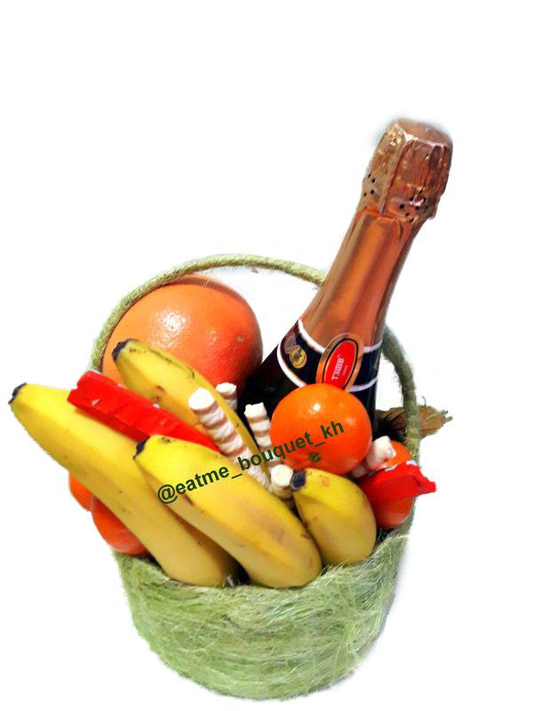 Корзина с фруктами в Харькове
