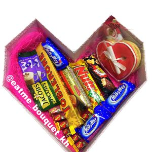 Коробка со сладостями на 14 февраля