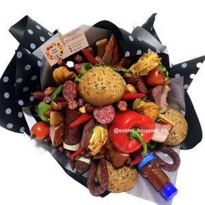 Букет из колбасы и мяса