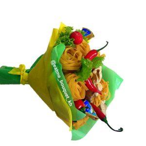 Букет с овощами и макаронами