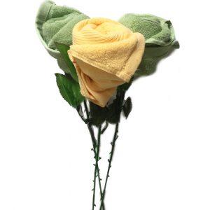 Букет из полотенец для мамы на 8 марта