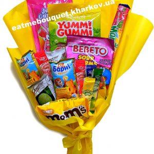 Букет для детей из сладостей